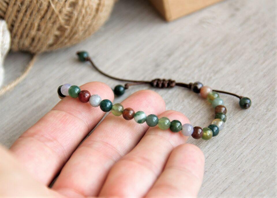 Гривна с естествен камък индийски ахат. Хармония - Приемане - Ново начало